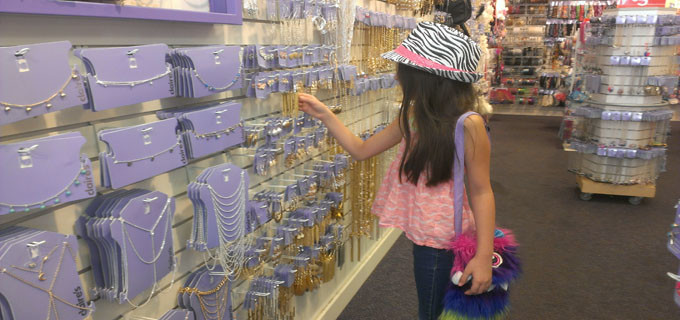 Star shopping at Claire's - El Paso TX