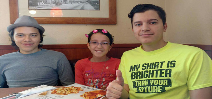 The kiddos at breakfast